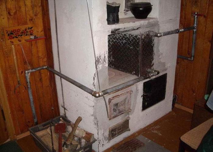 Эта зима будет первой, но цель была не отапливать дом, а подогревать его к приезду, чтобы заходить в уже теплый дом.